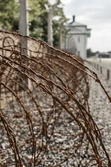 Sachsenhausen Camp Memorial 4 (Berlino) (Ondablv) Tags: quello di sachsenhausen campo concentramento camp human berlin berlino peggiori nefandezze rabbrividire male concentration lager internment arbeit macht frei germany germania ondablv