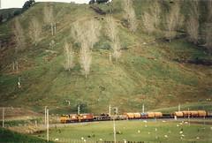 Mataroa Valley (andrewsurgenor) Tags: locomotive engine transport diesel nz newzealand train railway railroad narrowgauge rail nzr railfan