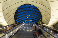 Canary Wharf underground station (mvj photography) Tags: uk london londres canarywharf subway underground metro architecture