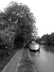 Fenny Stratford (DarloRich2009) Tags: boat canal miltonkeynes buckinghamshire bedfordshire barge narrowboat mk waterway towpath canalboat grandunioncanal bletchley fennystratford purpledawn grandjunctioncanal fennylock fennystratfordlock
