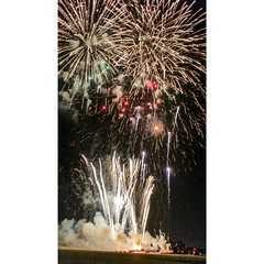 Happy 4th of July (Alison Chains) Tags: fireworks firework 4thofjuly addison independenceday kaboomtown addisontx