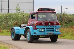 Bedford KM RC Jefferey & Sons JPV610F (NTG's pictures) Tags: show heritage classic museum vintage bedford centre sunday commercial motor rc warwickshire km sons gaydon jefferey jpv610f 14june2015