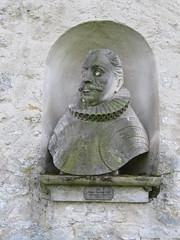 Kromsdorf (happycat) Tags: germany thringen skulptur kromsdorf nische lkweimarerland ilmtalweinstrase