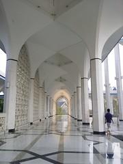 Sultan Salahuddin Abdul Aziz Mosque (Batool Nasir) Tags: travel blue minaret mosque malaysia dome kualalumpur travelsnapshots batoolnasir