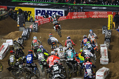 "San Diego SX 2017 • <a style=""font-size:0.8em;"" href=""http://www.flickr.com/photos/89136799@N03/32229247581/"" target=""_blank"">View on Flickr</a>"
