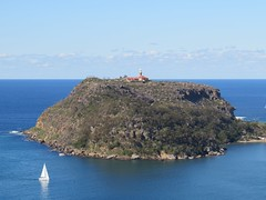 IMG_4482 Barrenjoey Head and Lighthouse. (Boat bloke) Tags: beach canon coast waterfront sydney australia palm barrenjoey sx50hs