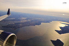 Sunrise by the bay (A. Wee) Tags: delta airlines 达美航空 seattle 西雅图 flying inflight aerial view seatac tacoma washington 华盛顿州 usa 美国 embraer e175