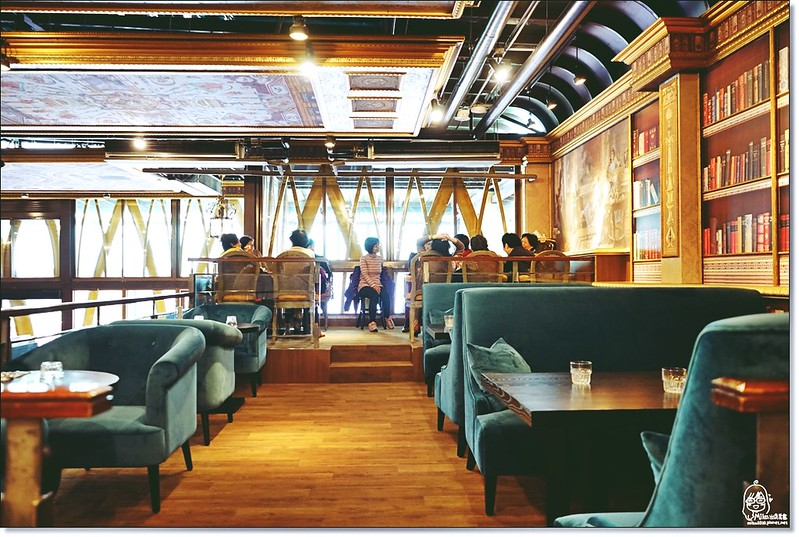 32399719761 82ae4a0036 c - 『熱血採訪』台中東區 CUCLOS Cafe & Kitchen 馥樂詩輕食餐廳/新天地西洋博物館-一起走入文藝復興時期的古典歐洲之旅,造訪台中最美麗古典優雅的圖書館餐廳