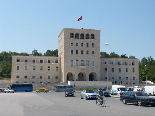 Tirana, Műszaki Egyetem