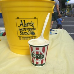 Alex's Lemonade flavor, obvs #LemonadeDays #ritaswaterice (pompomflipflop) Tags: ritas waterice alexslemonadestand alsf lemonadedays