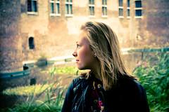 Anna kijkt om (v_rijswijk) Tags: ladies girls portrait people woman love girl beautiful beauty smile smiling lady model women posed posing lovely gemeentemuseum portret kasteel gorgious helmond