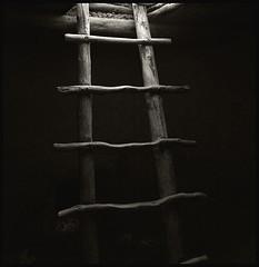 Kiva Ladder; Bandelier N.P (hamsiksa) Tags: newmexico southwest indian nativeamerican sacred spiritual kiva bandelier sacredspace ancestralpuebloan archeaology anazazi bandeliernationalpark