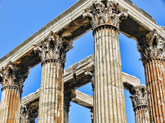 """Grecia 2008 (Templo de Zeus Olímpico) • <a style=""""font-size:0.8em;"""" href=""""http://www.flickr.com/photos/15452905@N02/31413608574/"""" target=""""_blank"""">View on Flickr</a>"""