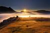 Amanecer en urkiolamendi (Alfredo.Ruiz) Tags: urkiola sunrise fog clouds valley cold dramatic peace calm mountain spain outdoor landscape natural nature autumn rays clear