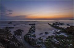 Amanecer (antoniocamero21) Tags: amanecer foto color sony marina lescala girona brava costa catalunya