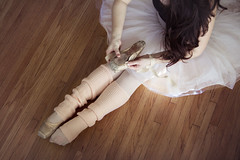 25.365.2017 (LiliCow) Tags: pointeshoes ballet tutu werehere wah