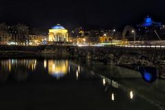 Torino di notte : il fiume e ... la Gran Madre (Roberto Defilippi) Tags: 2017 62017 rodeos robertodefilippi notte night tripod treppiede torino turin chiesa fiume