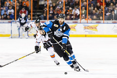 "Missouri Mavericks vs. Wichita Thunder, January 6, 2017, Silverstein Eye Centers Arena, Independence, Missouri.  Photo: John Howe / Howe Creative Photography • <a style=""font-size:0.8em;"" href=""http://www.flickr.com/photos/134016632@N02/32191514816/"" target=""_blank"">View on Flickr</a>"