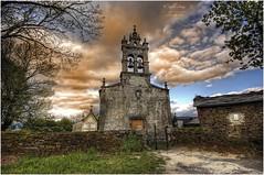 (0123/15) Iglesia de Loureiro de Froyn (Lugo) (Pablo Arias) Tags: espaa photoshop spain nikond50 galicia cielo nubes lugo hdr texturas sarria photomatix sigma1020 pabloarias loureirodefroyn