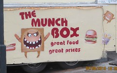 2015_08_040007 (Gwydion M. Williams) Tags: uk greatbritain england funny britain humor humour coventry westmidlands warwickshire chapelfields sirthomaswhitesroad