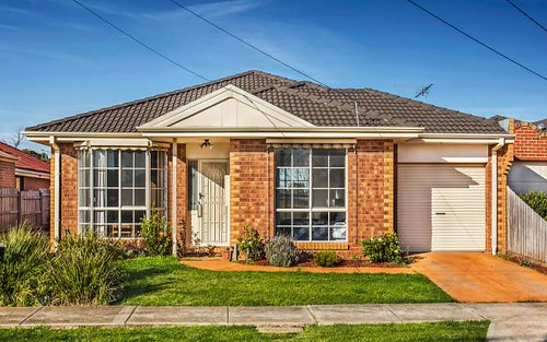 1/30 Highlands Avenue, Airport West VIC 3042
