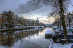 Leiden 05 February 2015-0002.jpg (JamesPDeans.co.uk) Tags: lamp landscape ships reflection boats weather dome canals holland southholland roadvehicles cars car architecture snow netherlands europe leiden photography digitaldownloadsforlicence jamespdeansphotography printsforsale forthemanwhohaseverything zuidholland nl digital downloads for licence man who has everything prints sale james p deans