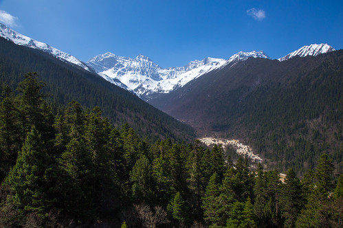Above Huanglong