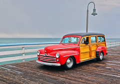 San Clemente Ocean Festival 7.18.15 2 (Marcie Gonzalez) Tags: marcie gonzalez marciegonzalez marciegonzalezphotography photography canon woodies woody pier piers san clemente ocean festival orange county southern california socal so cal beach water oldies oldie car cars vintage antique classic wood paneling panel wooden vehicle transportation classics planks planking chrome metal shinny collector collectors restored elegant elegance parade display show grey day cloudy overcast hot rods event yearly shore coast usa us united states america north americana 2015 sanclementeoceanfestival