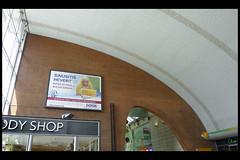 DE keulen stationshal 01 1957 schmitt_schneider (bahnhofsvorpltz) (Klaas5) Tags: architektur germany duitsland deutschland trainstation railwaystation picturebyklaasvermaas architektuur treinstation spoorwegstation midcentury postwarmodernism architettura architectuur arquitectura architecture interior interieur gebouw building architect bouwjaar completed structure