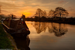 Weaver at sunset (4 of 5) (andyyoung37) Tags: frodsham riverweaver canalboat refelections sunrise england unitedkingdom gb