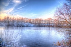 Winter Feeling (blavandmaster) Tags: deutschland himmel clouds ciel duitsland countryside landschaft 2016 sonnenuntergang nrw wolken 24105 christiankortum flus canon rivière landscape kreisherford tyskland pond happy lac allemagne sunset teich germany river lovely harmonic lake löhne ostwestfalen eos6d werre westfalen perfect nuages sky eau