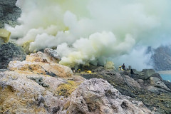 Sulfur cloud 2