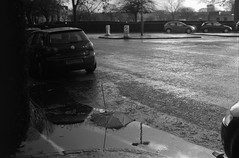 Queen Charlotte Street (horilyc) Tags: film чб плёнка d76 pentaxmsmc5020asahi fujineopanss pentaxmx bw 2013 dùnèideann alba edinburgh эдинбург scotland шотландия albnegru photography analog analogue noirblanc schwarzweis blackwhite fujifilms blackandwhite