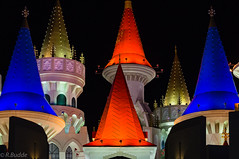 Vegas (Ralf_Budde) Tags: vegas westusa castle color blue red black ralfbudde flickr palace bright night light city yellow pink