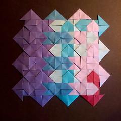 Arrows - Paolo Bascetta (Stefano Borroni (Stia)) Tags: origami piegarelacarta foldingpaper carta origamiart paper origamilove papiroflexia arte modulare bascetta arrows frecce