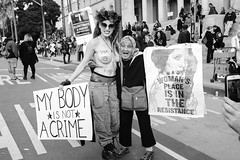 Women's March | Los Angeles, CA | 2017 ([DV8] David Patrick Valera) Tags: crenshaw humancondition wethepeople losangeles fujifilmxseries street davidpatrickvalera fujifilm socialchange photographers dv8street dv8 antitrump fuji streetphotography humanrights fujixpro2 theamplifierfoundation rangefinder shepardfairey protest fujifilmxus womensmarch transsensor dtla