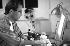 FM Media's John Battelle (Thomas Hawk) Tags: blackandwhite bw man computer person blackwhite drink marin working marincounty sausalito enjoying johnbattelle fmmedia