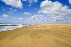 playa (pericoterrades) Tags: sea sky españa clouds mar seaside andalucía spain huelva playa cielo nubes atlántico atlantico sevenseas pericoterrades analiza4549 analiza10