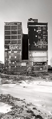 (-Antoine-) Tags: windows winter canada building wall architecture advertising graffiti construction pub montral quebec montreal destruction hiver ad traces demolition qubec invierno split stlaurent mur demolished saintlaurent graffitis fenetres maisonneuve hyh twotowers demaisonneuve guko demoli neigesnow antoinerouleau