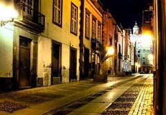 C/ De Los Balcones (Alfredo Martín Montesdeoca (almarmon)) Tags: grancanaria night catedral nocturna h1 top20night laspalmas adoquines balcones piedra vegueta