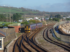 153318 & 153370 Penzance (2) (Marky7890) Tags: gwr 153318 class153 supersprinter 1c04 penzance railway cornwall train 153370