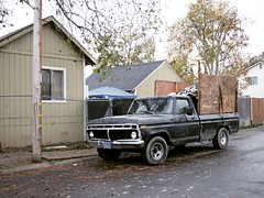 Odd Jobber: an Unseen Part of the 6% Unemployment Rate Story (rickele) Tags: sacramento fruitridgepocket fordf100 pickup truck hauler