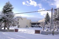 たまにふと晴れるのが津軽の冬 (fukapon) Tags: frommywindow snow sghs 弘前 hirosaki 青森 aomori k3 hd pentax da 21mm f32 hdpda21mmf32al
