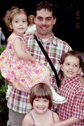 Troy and kids - Disney 2003