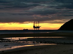 Equinox Sunrise (ccgd) Tags: sutor cromarty sunrise oilrig beach lowtide equinox scotland highlands glow shimmer