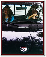 Paula and Me by The Cab Man :) (.Tatiana.) Tags: topv111 poser topv333 sopaulo topc50 sampa justme alegria paulette paulamarina 23092005 fotoclube siteparavendadefotos httpwwwplanobfotodesigncom fototatianasapateiro