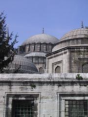 Süleymaniye complex (exterior) (birdfarm) Tags: turkey türkiye istanbul mosque ottoman İstanbul süleymaniye ottomanarchitecture camii suleymaniye