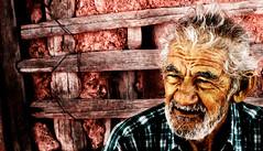 Aos (Ram!) Tags: viejo oldman abuelo years aos canas white hair sit sentado mirada azul barro canon eos 20d ramfotografia ram forsakenpeople saveme saveme2 saveme3 saveme4 saveme5 saveme6 deleteme saveme7 saveme8 saveme9 saveme10 savedbythedeletemegroup