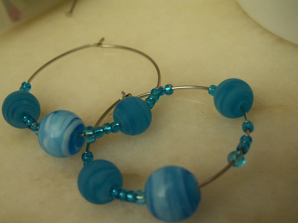 Hoop earrings with blue theme