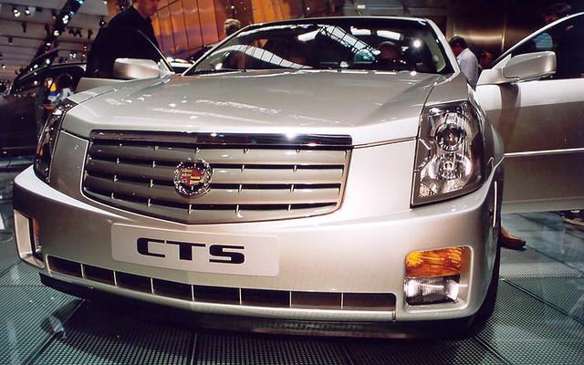 iaa2005 car auto cadillac cts
